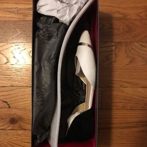 Vince Camuto VO Hope Flat Nappa/suede Leather